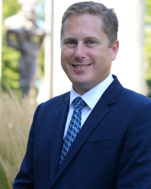 Peter Dorrington, vice-recteur à l'enseignement et à la recherche