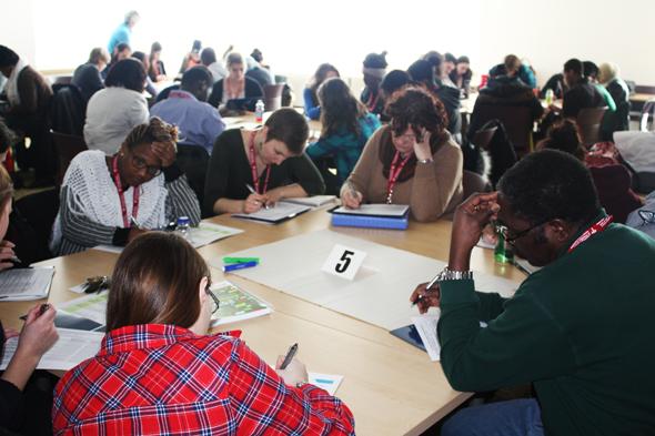 43 étudiants de 5 disciplines collaborent