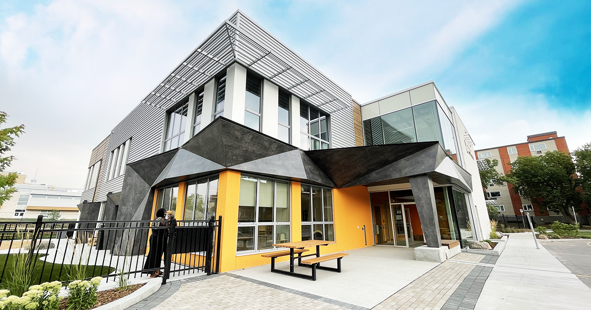 Centre d'apprentissage et de service de garde sur le campus de l'Université de Saint-Boniface.