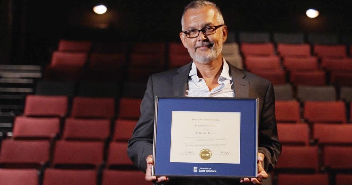 Dr Denis Fortier, récipiendaire du diplôme honorifique 2021 de l'Université de Saint-Boniface.