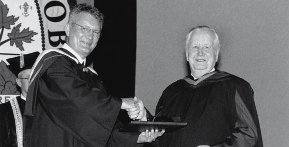 Père Gérald Labossière, récipiendaire du prix Alexandre-Taché en 2003