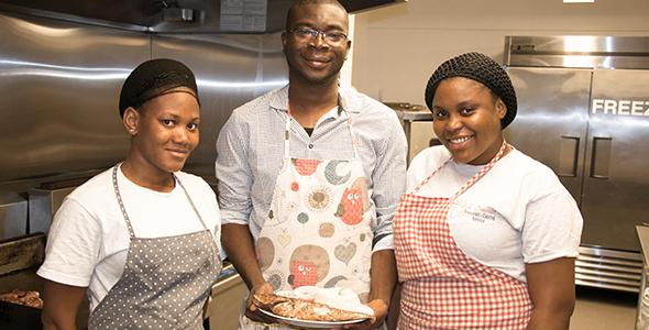 Fatoumata Hetie, Brice Diagbouga, Salimatou Goulibaly - Afrik' Douman