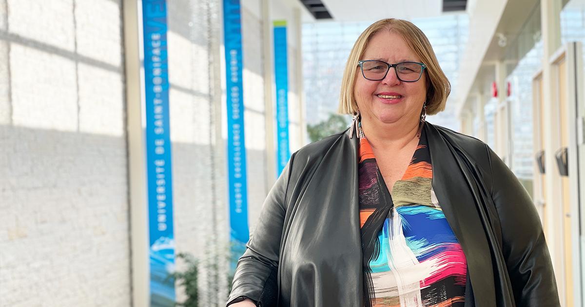Debra Radi, secrétaire générale de l'Université de Saint-Boniface.