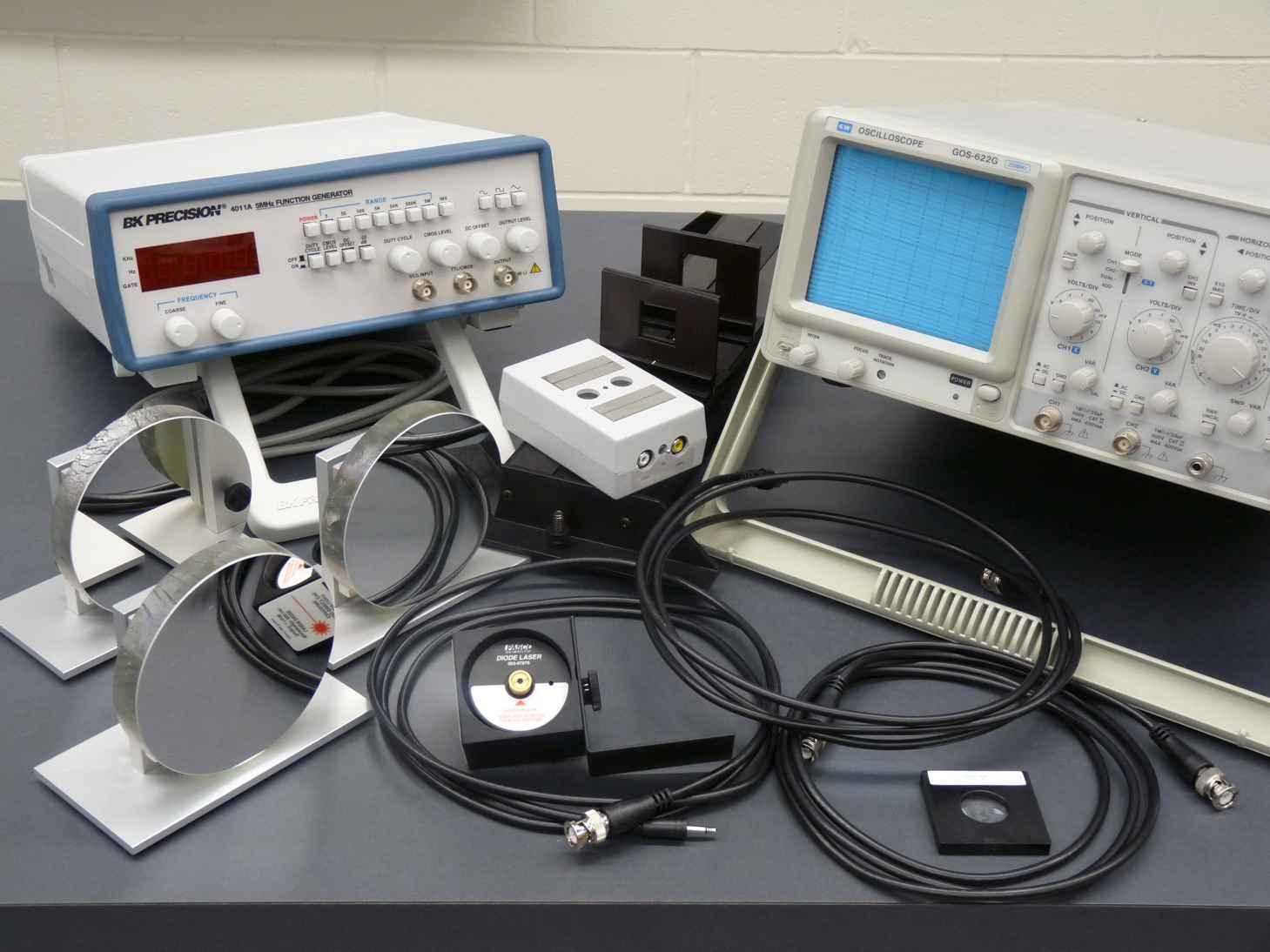 Vitesse de la lumière - oscilloscope